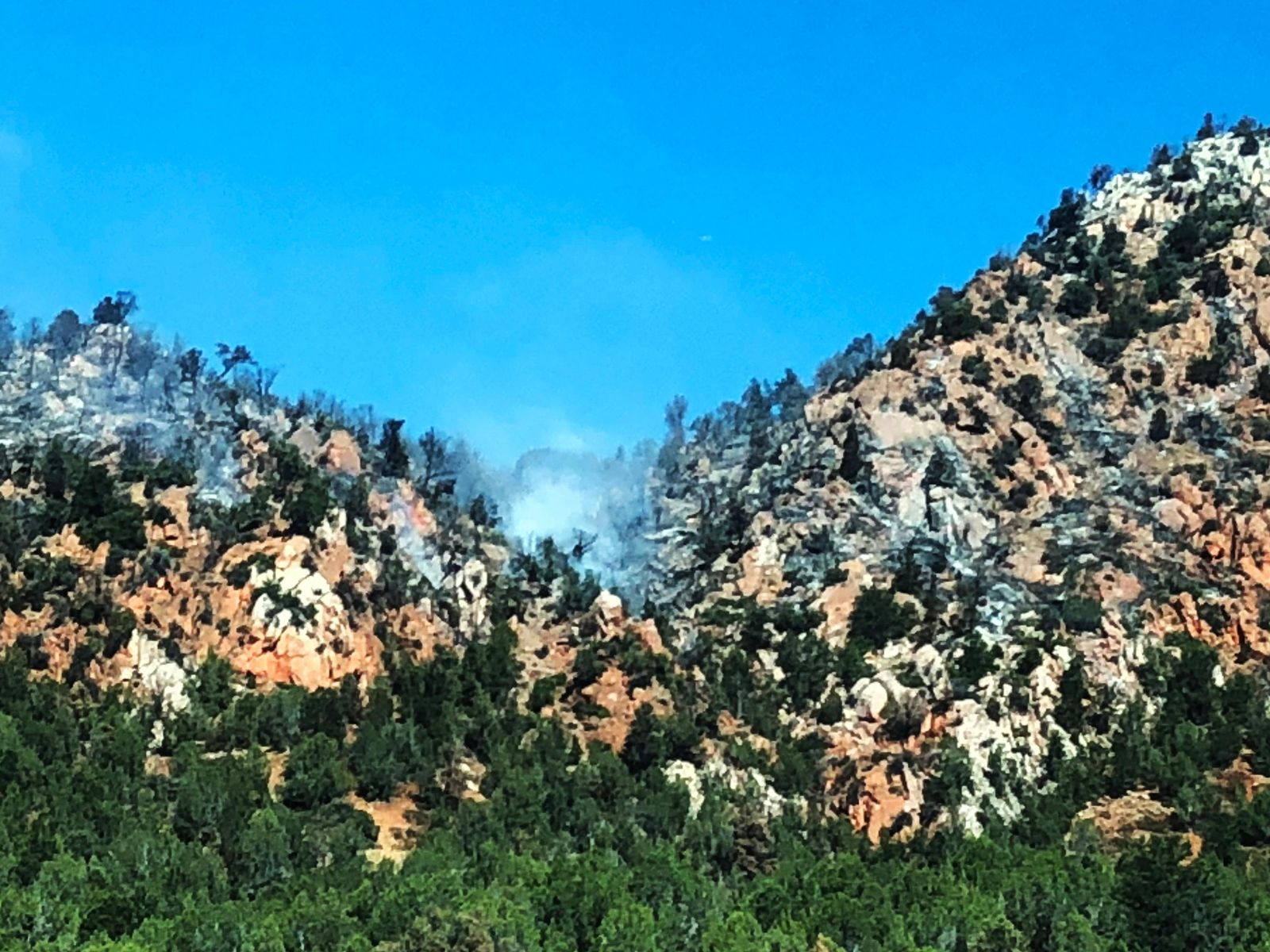 Climate change in the Western U.S. means more intense and frequent wildfires churning out waves of smoke that scientists say will sweep across the continent to affect tens of millions of people and cause a spike in premature deaths. (Photo: RaeAnn Christensen / KUTV)