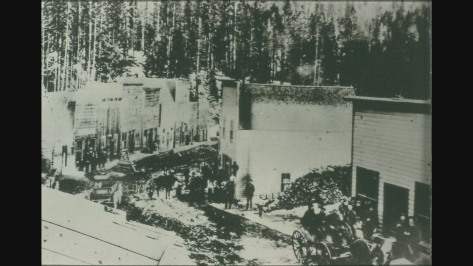 (Photo:courtesy Butte Bureau of Land Management) A street view of the busy town.