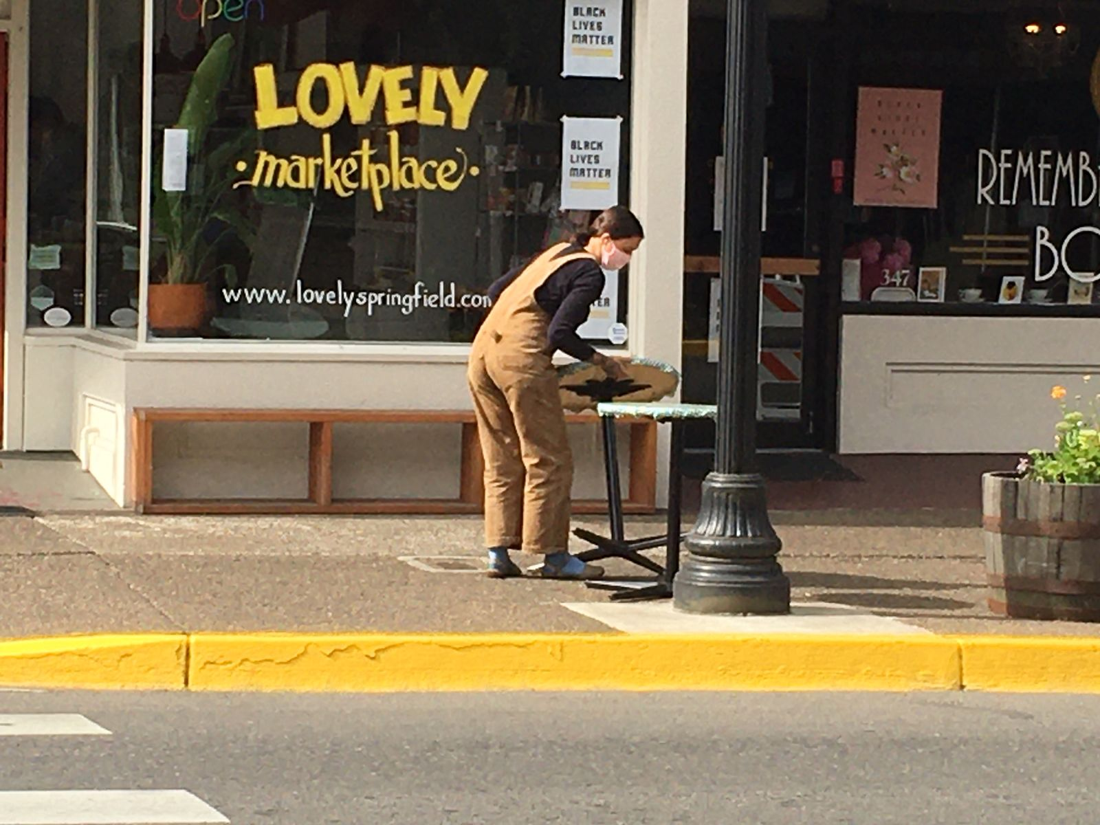 Restaurants in Springfield look to expand outdoor seating options amid COVID requirements (SBG)