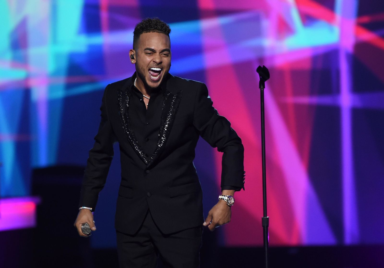 "Ozuna performs ""La Camisa Negra"" at the Latin Recording Academy Person of the Year gala honoring Juanes at the MGM Conference Center on Wednesday, Nov. 13, 2019, in Las Vegas. (Photo by Chris Pizzello/Invision/AP)"