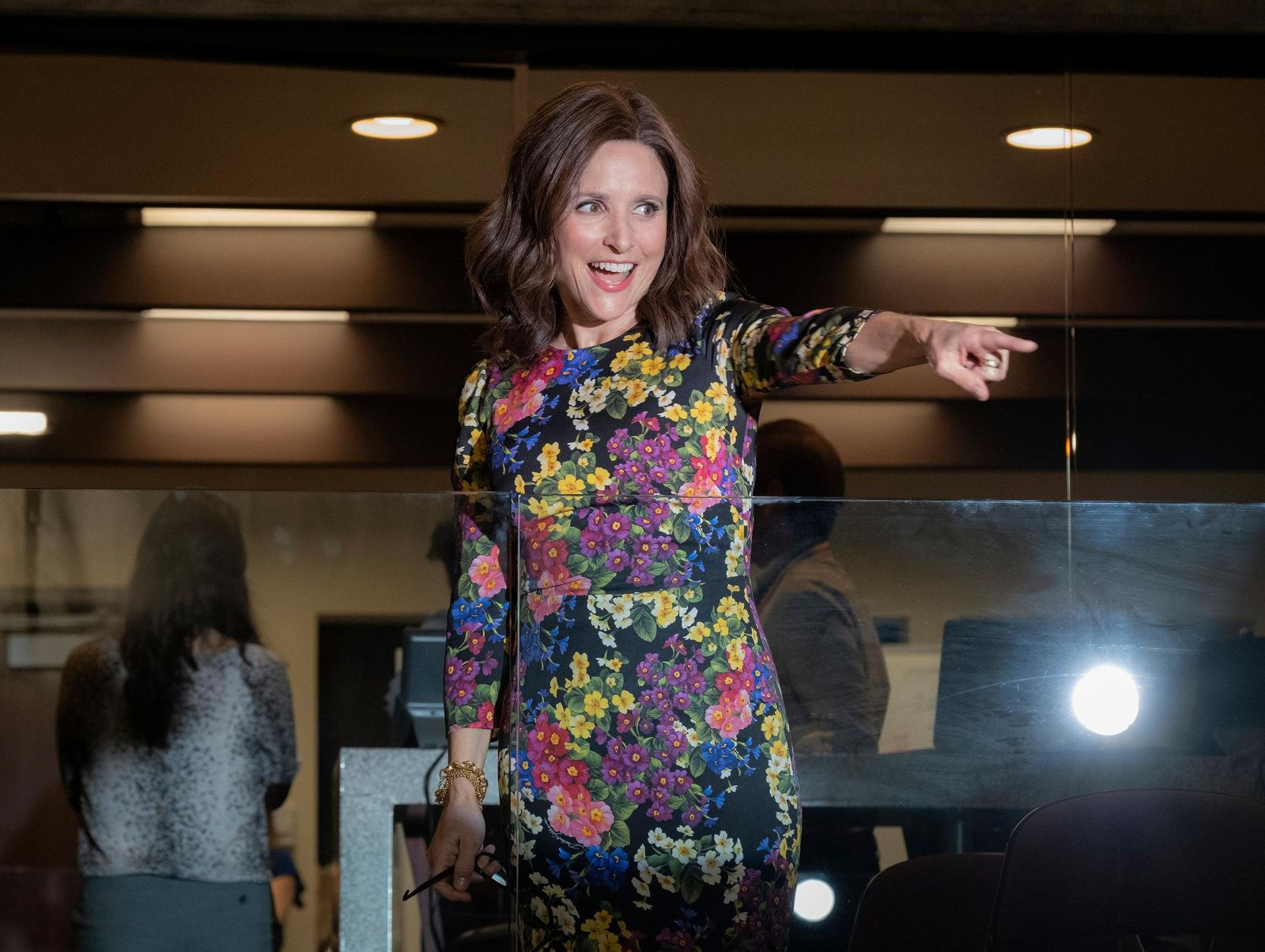 "This image released by HBO shows Julia Louis-Dreyfus in a scene from ""Veep.""{ } (Colleen Hayes/HBO via AP)"