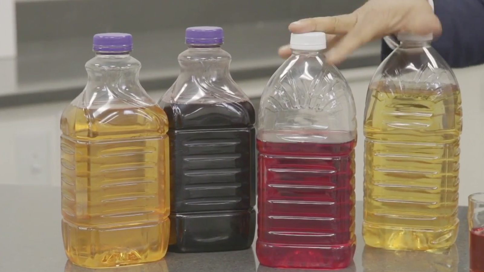Heavy metals such as arsenic, cadmium and lead were found in popular fruit juices. (WBMA)
