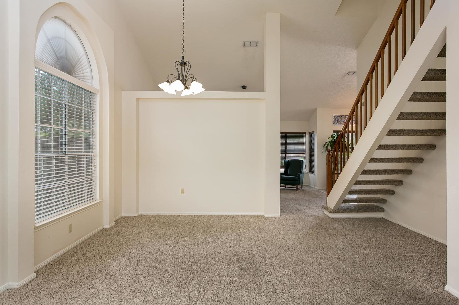 Spot 'Pennywise' the clown in this real estate listing (Courtesy: Kristy Dakin, realtor; Bright and Early Productions)