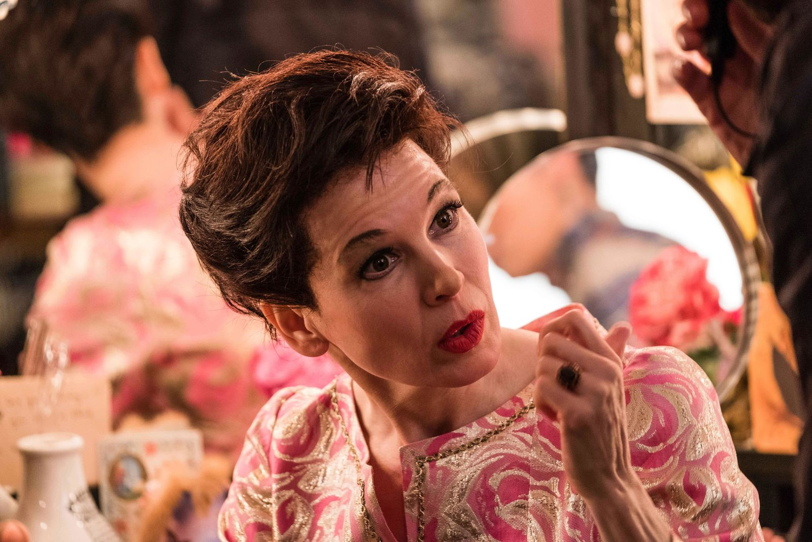 "This image released by Roadside Attractions shows Rene?e-Zellweger as Judy Garland in a scene from ""Judy,"" in theaters on Sept. 27. (David Hindley/Roadside Attractions via AP)"