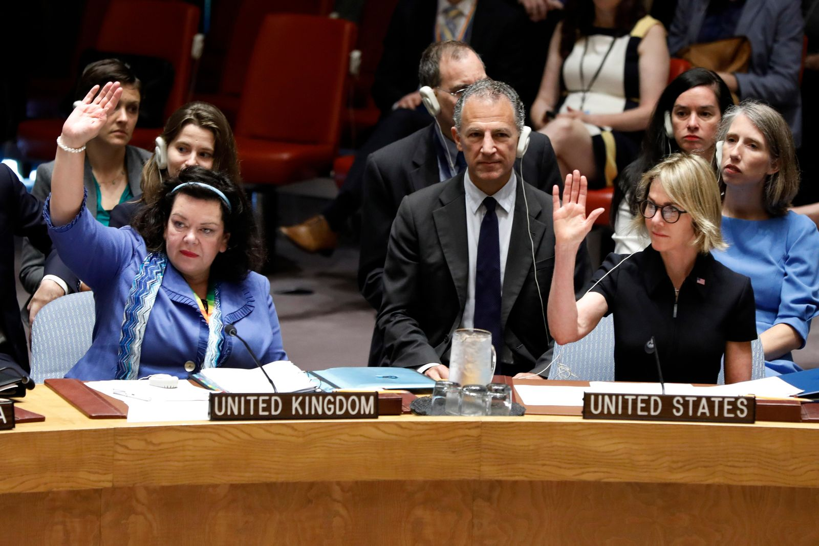 New U.S. Ambassador Kelly Craft, right, and Britain's Ambassador Karen Pierce vote during Craft's first Security Council meeting, at United Nations headquarters, Thursday, Sept. 12, 2019. (AP Photo/Richard Drew)