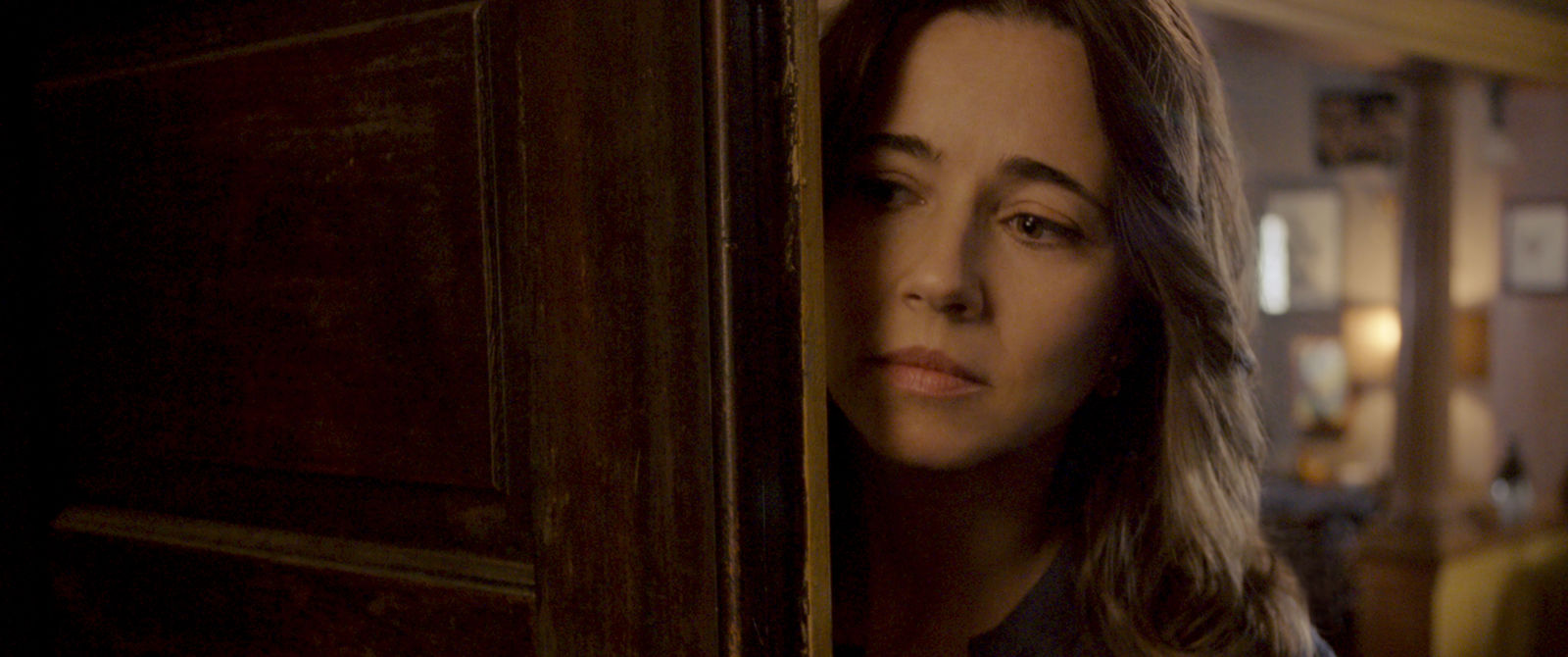 "LINDA CARDELLINI as Anna Tate-Garcia in New Line Cinema's horror film ""THE CURSE OF LA LLORONA,"" a Warner Bros. Pictures release. (Photo: Warner Bros.)"