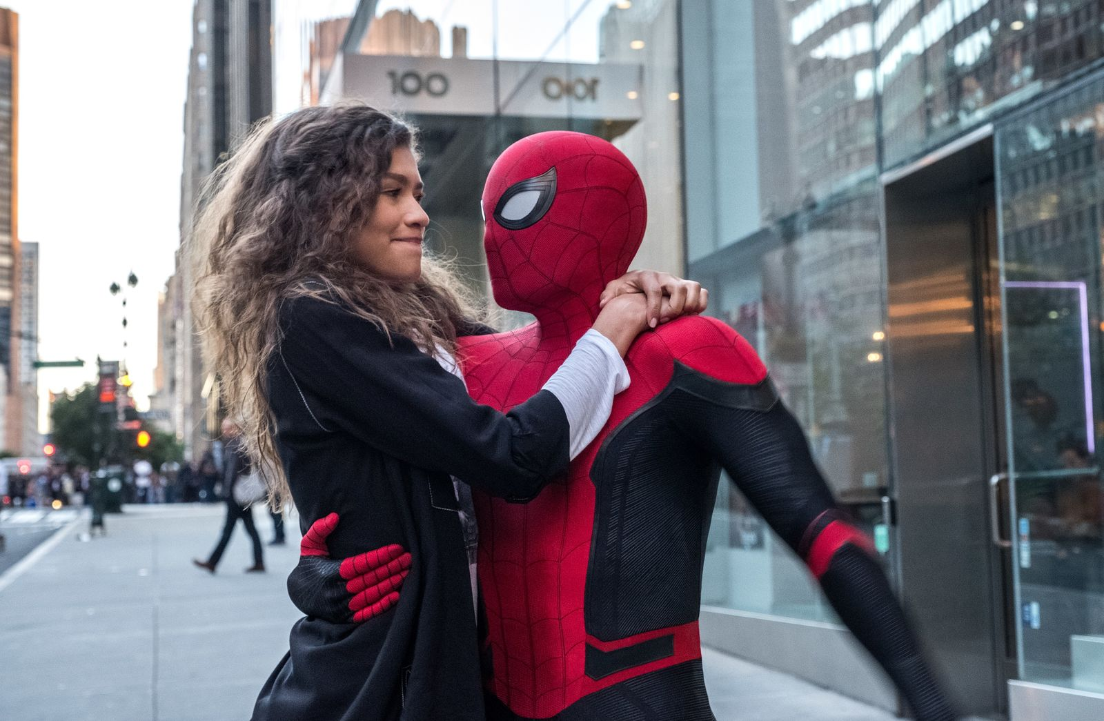 Michelle (Zendaya) catches a ride from Spider-Man in Columbia Pictures' SPIDER-MAN: ™ FAR FROM HOME.{ }(Photo: Sony)