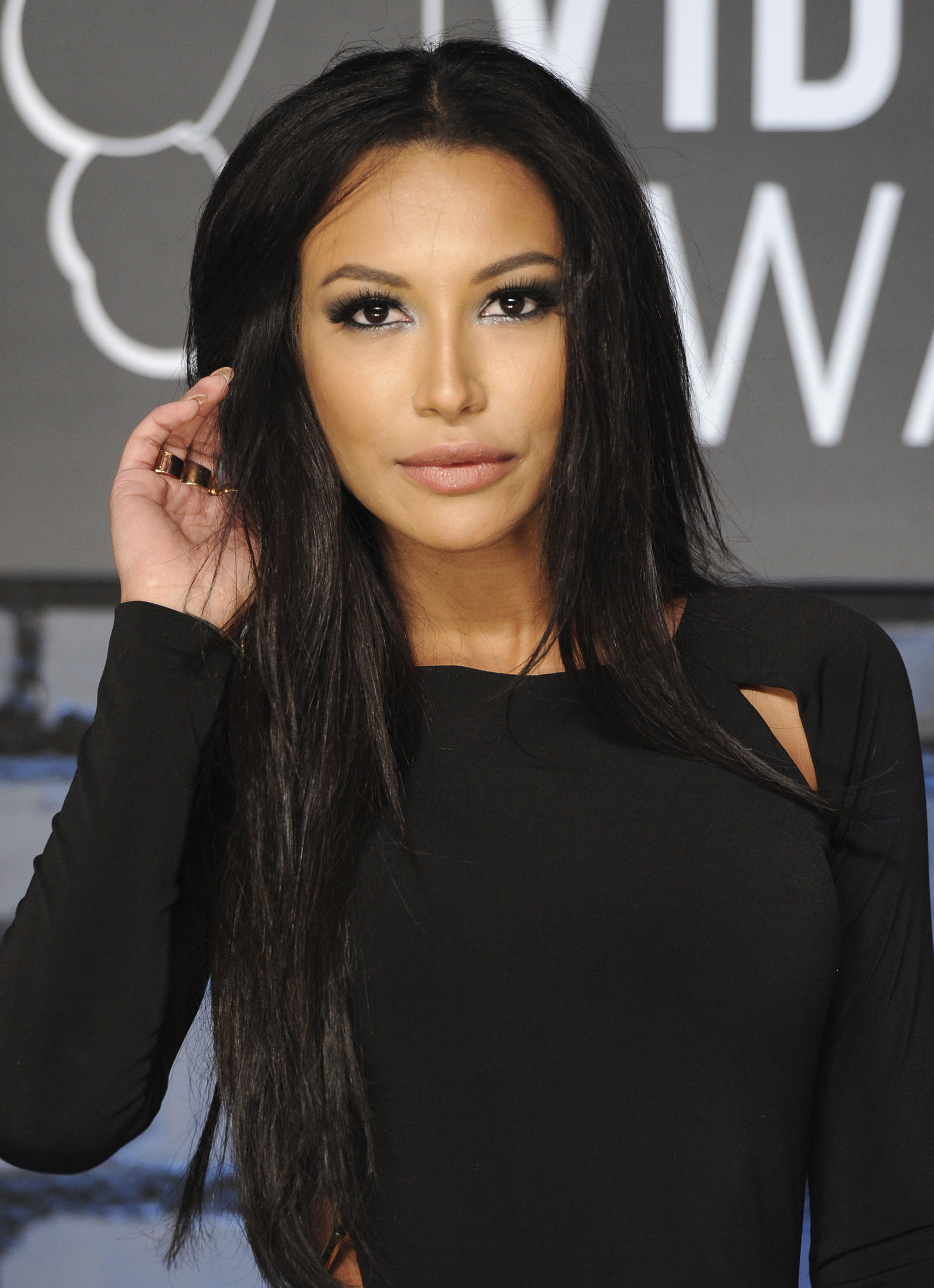 "FILE - Actress Naya Rivera, from the Fox series ""Glee"" arrives at the MTV Video Music Awards in New York on Aug. 25, 2013. (Photo by Evan Agostini/Invision/AP, File)"