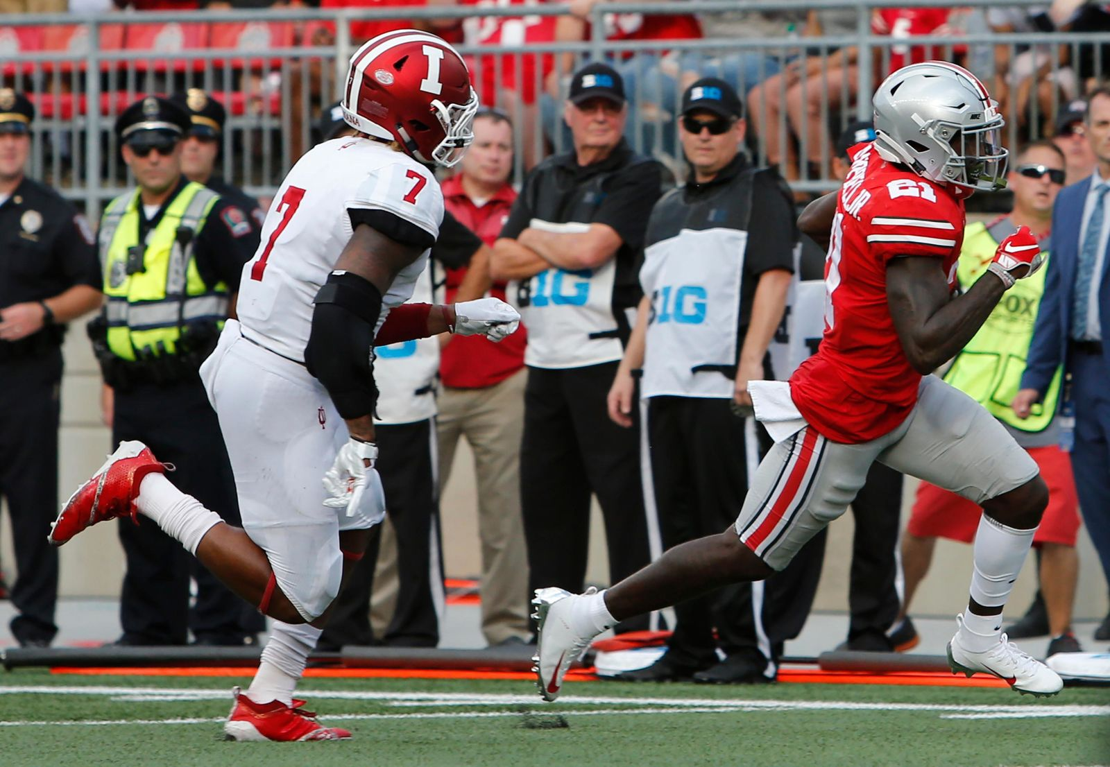 Ohio State receiver Parris Campbell, right, runs past Indiana linebacker Reakwon Jones on his way to scoring a touchdown during the first half of an NCAA college football game Saturday, Oct. 6, 2018, in Columbus, Ohio. (AP Photo/Jay LaPrete)