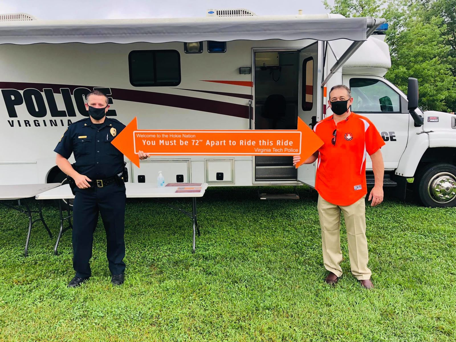 800 students were welcomed to Virginia Tech on Friday, August 14. Campus Police helped enforce social distancing so that all students and families could unload safely. (Virginia Tech Police)<p></p>