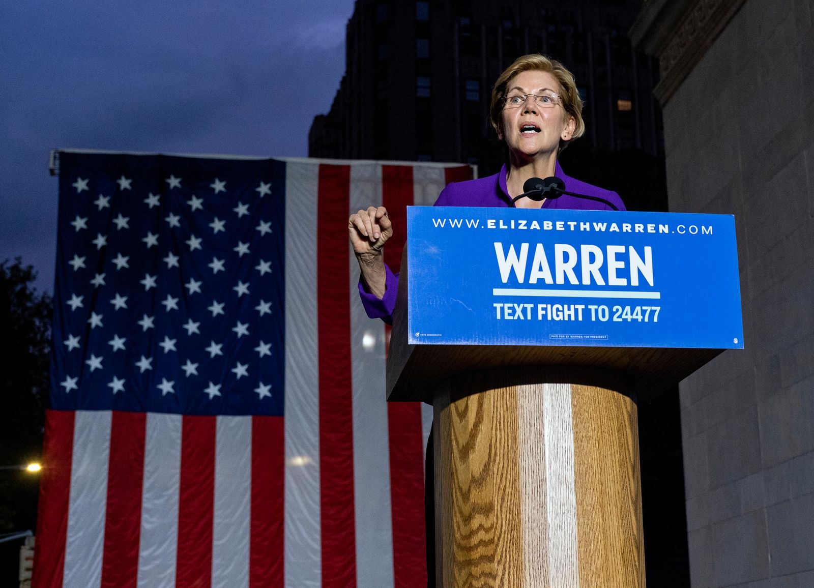 Democratic presidential candidate U.S. Sen. Elizabeth Warren addresses supporters at a rally, Monday, Sept. 16, 2019, in New York. (AP Photo/Craig Ruttle)