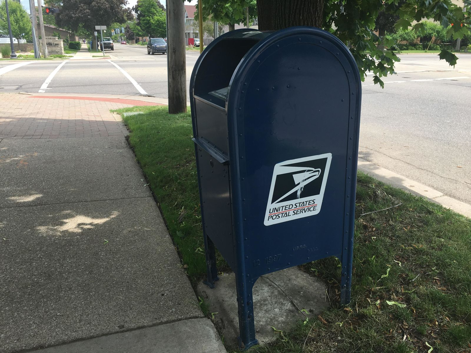 The Kalamazoo Sheriffs Office says they have received 293 reports of mail theft since September of 2017. (WWMT/Genevieve Grippo)