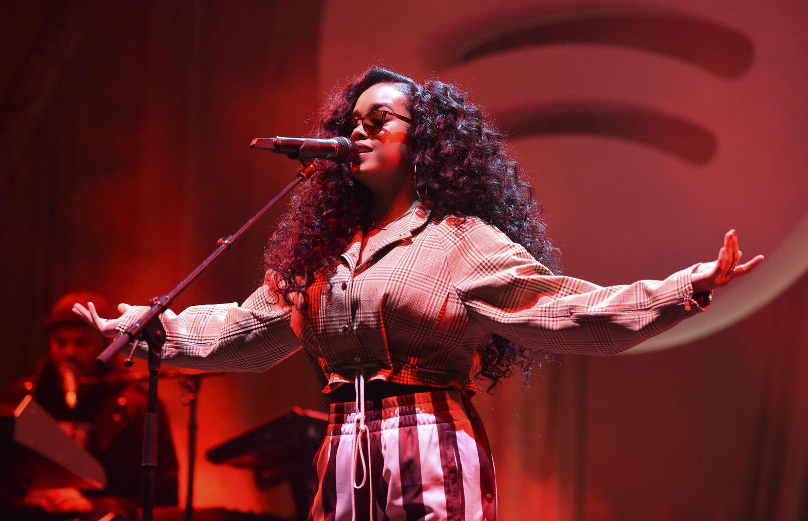 H.E.R. performs at the Spotify Best New Artist 2019 Party at The Hammer Museum on Thursday, Feb. 7, 2019, in Los Angeles. (Photo by Phil McCarten/Invision/AP)