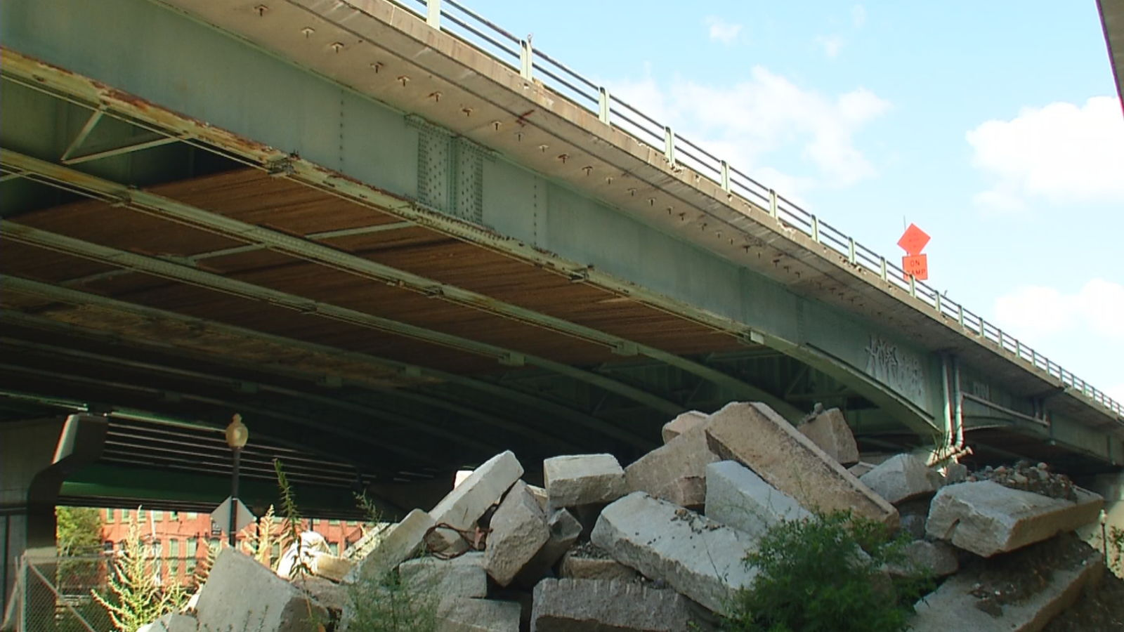 <p>Rhode Island's congressional delegation says a federal infrastructure grant will help replace and upgrade 11 bridges that comprise a busy stretch of Interstate 95. (WJAR)</p>