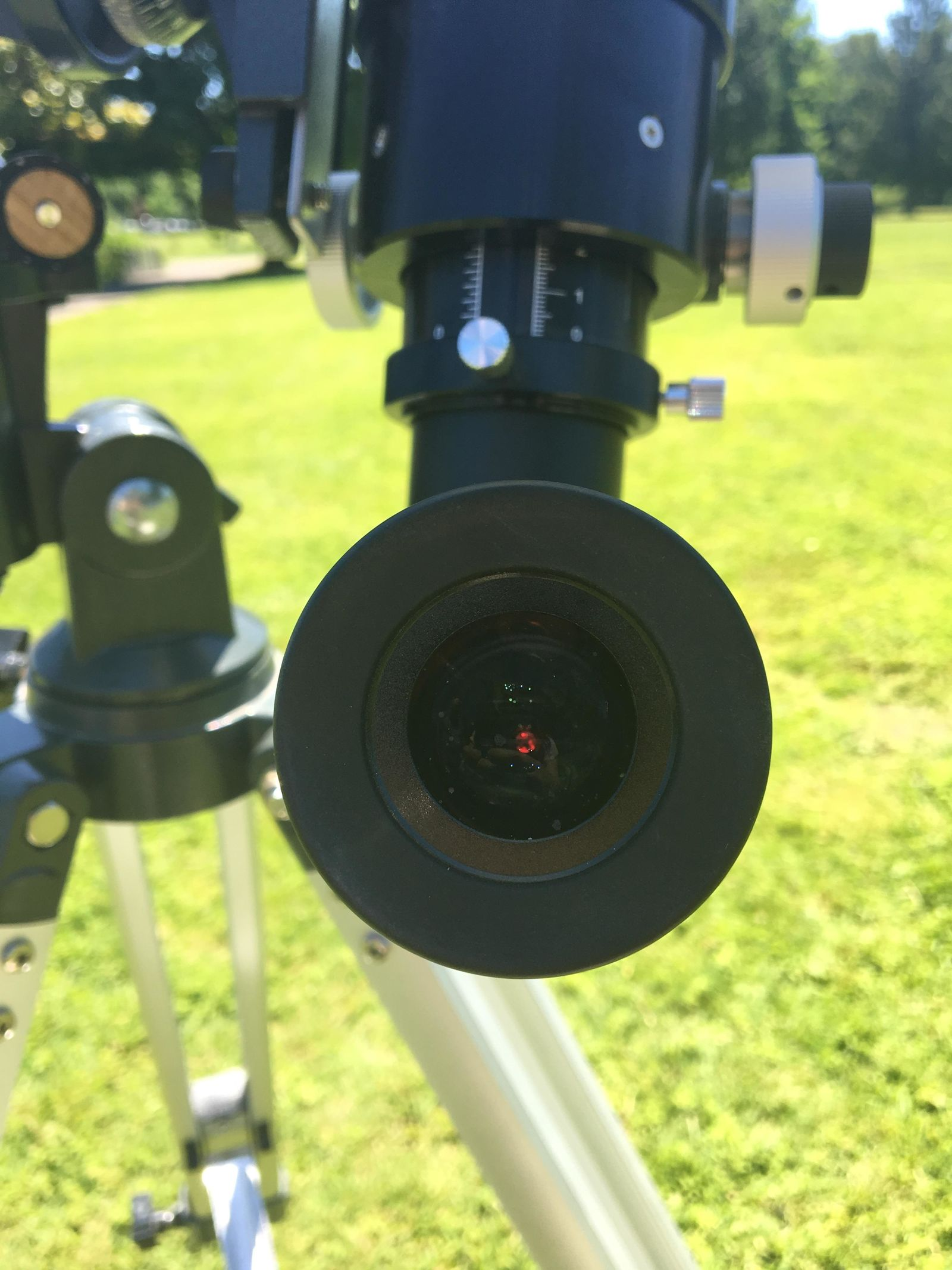 Star gazers gather in Alton Baker Park for solar viewing on Sun-day