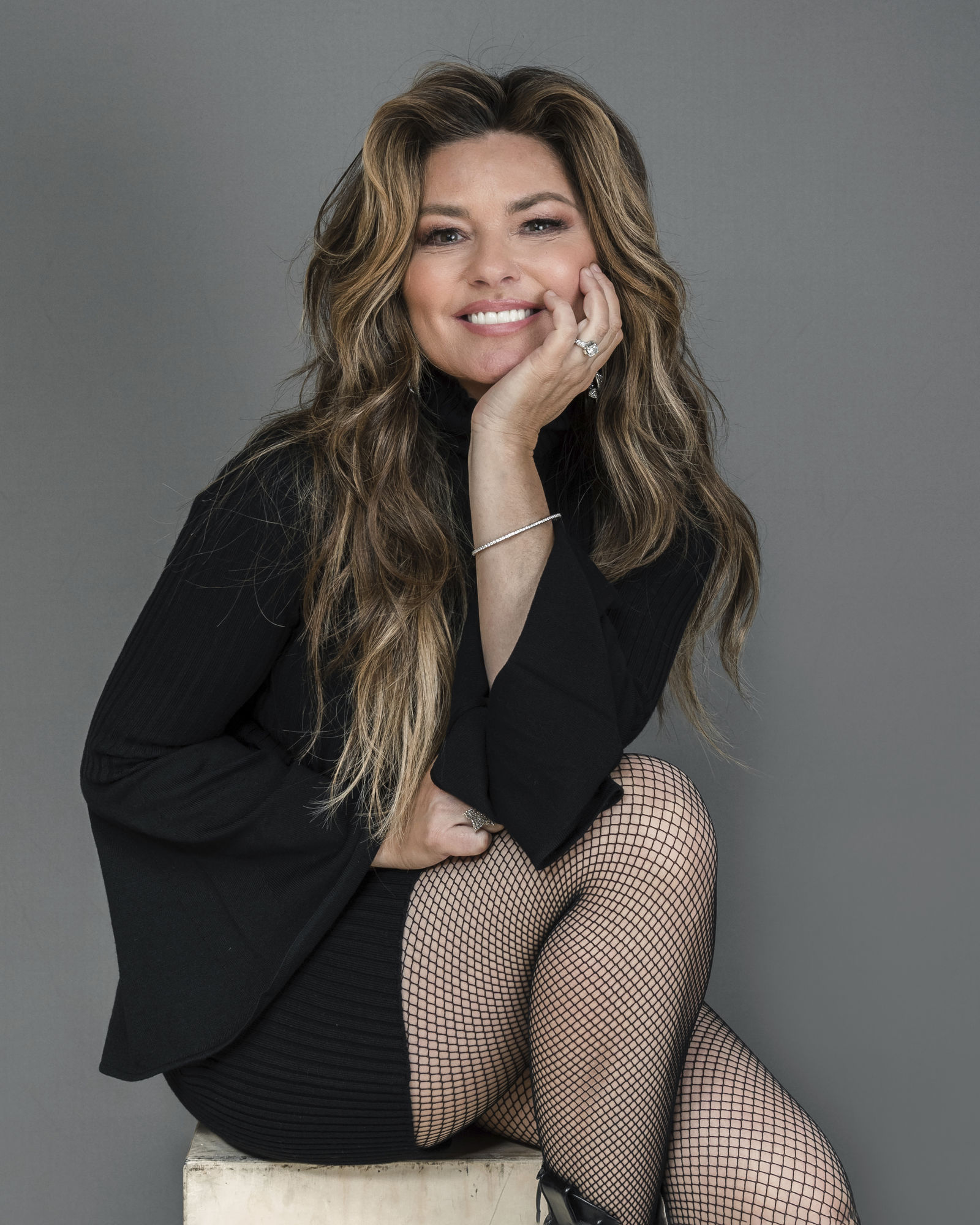 Shania Twain poses for a portrait at her Manhattan hotel, Friday, June 14, 2019, in New York.. (Photo by Christopher Smith/Invision/AP)