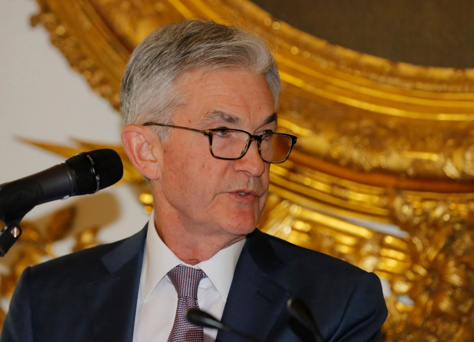 U.S. Federal Reserve Chairman Jerome Powell speaks during a dinner hosted by the Bank of France in Paris, Tuesday, July 16, 2019.{ } (AP Photo/Michel Euler)