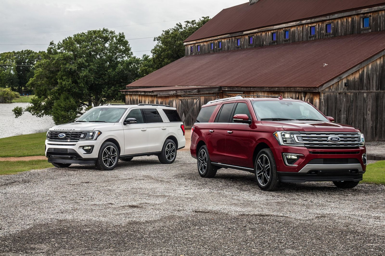2019 Ford Expedition Texas and Stealth Editions (Photo: Ford)