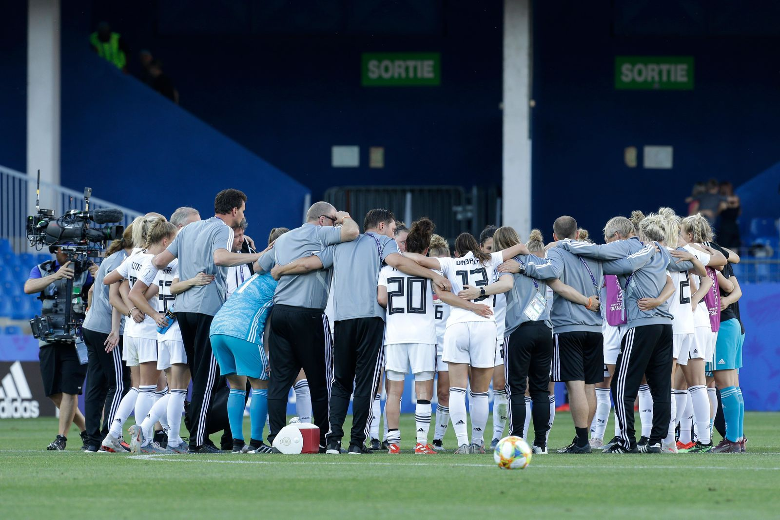 Germany team gather at the end of the Women's World Cup Group B soccer match between South Africa and Germany at the Stade de la Mosson in Montpellier, France, Monday, June 17, 2019. (AP Photo/Claude Paris)