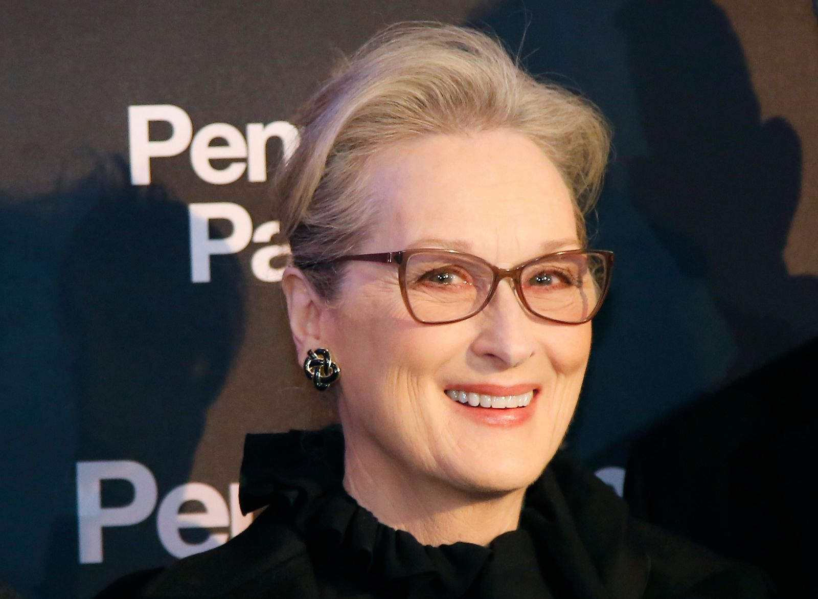 "FILE - This Jan. 13, 2018, file photo shows actress Meryl Streep posing for photographers on arrival at the French premiere of ""The Post"" in Paris. (AP Photo/Michel Euler, File)"