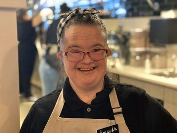Bitty & Beau's is best known for their dedication to hiring and employing those living with intellectual and development disabilities (IDD). (Caroline Patrickis/ABC7)<p></p>