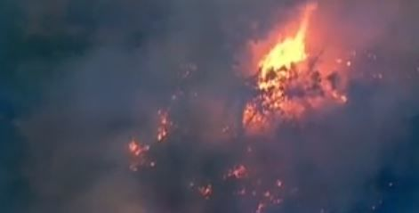 A new brush fire sparked close to structures in Utah County on Monday night. (Photo: KUTV)