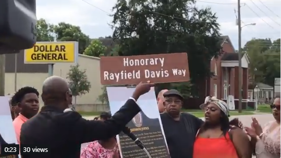 Street dedicated to Rayfield Davis in honor of civil rights (IMG:WPMI)