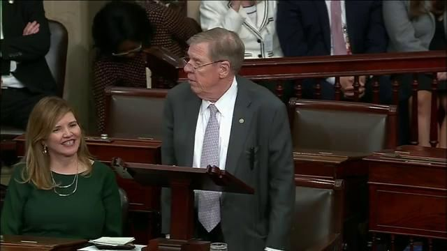Senator Johnny Isakson of Georgia delivers his farewell address on the Senate floor. (CNN Newsource)