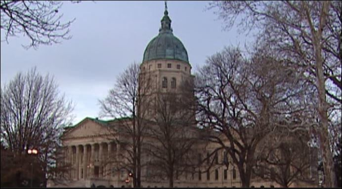 Topeka to pay people to move there. (CNN Newsource)
