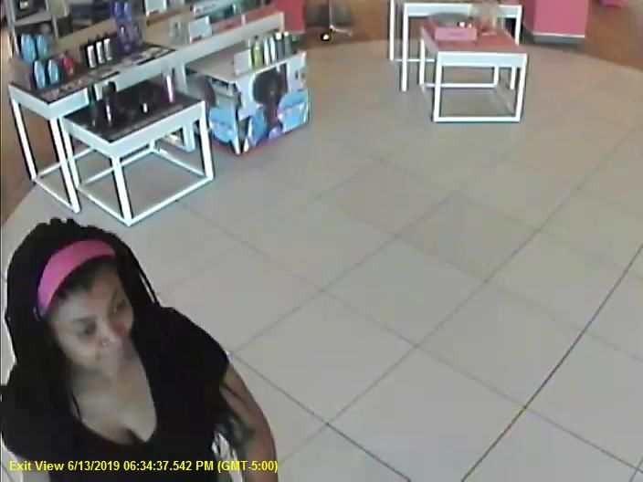 The Springfield Police Department is searching for people accused of stealing perfumes.