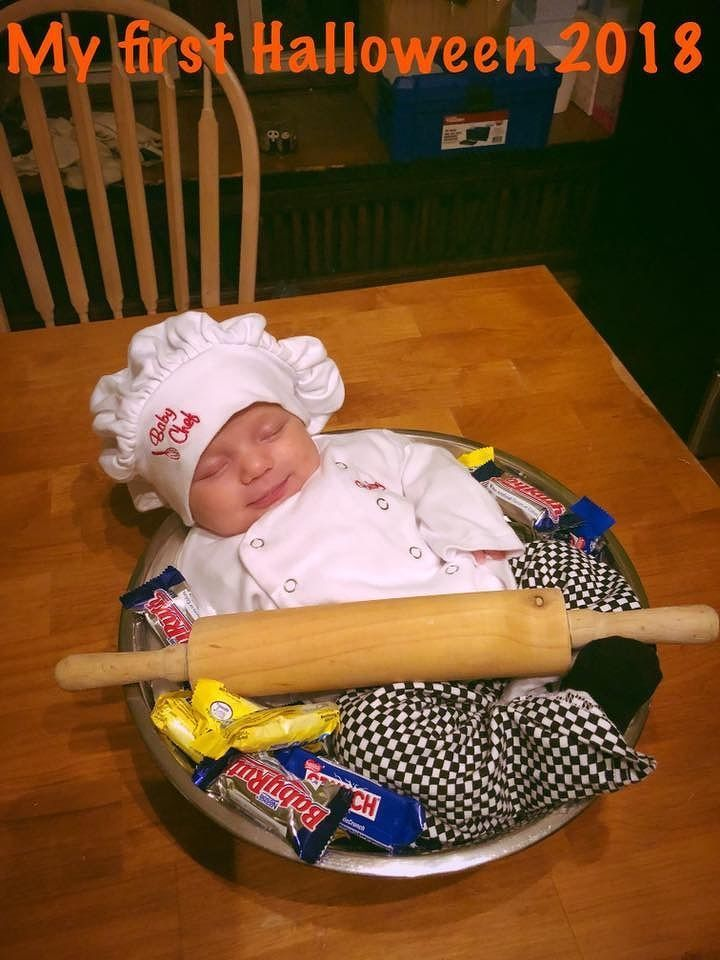 Our little Phoenix rose Eversole as a baby chef - Jordan Eversole