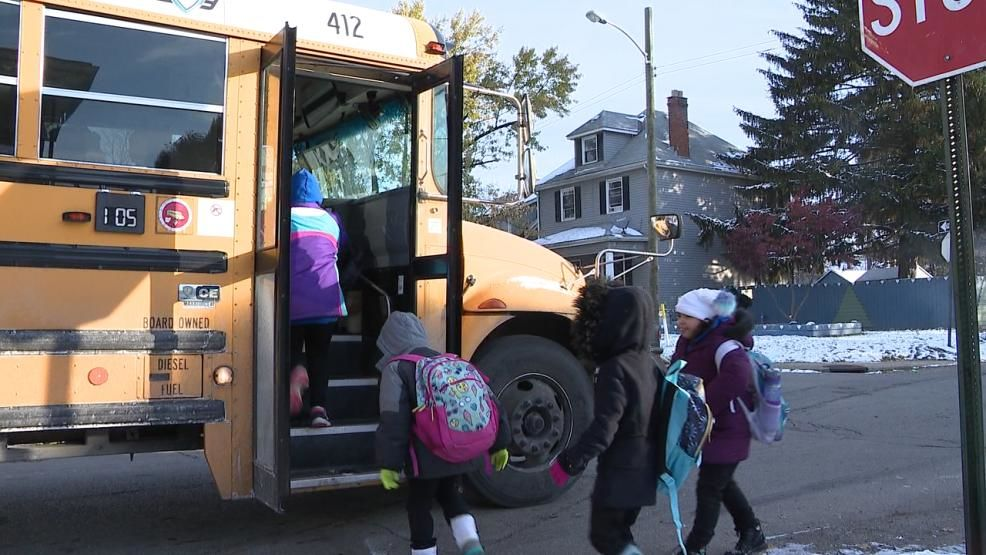 Neighbors in the Hilltop are demanding action after they claim their kids' late bus is causing the young students to miss core classes at their school. (WSYX/WTTE)<p></p>