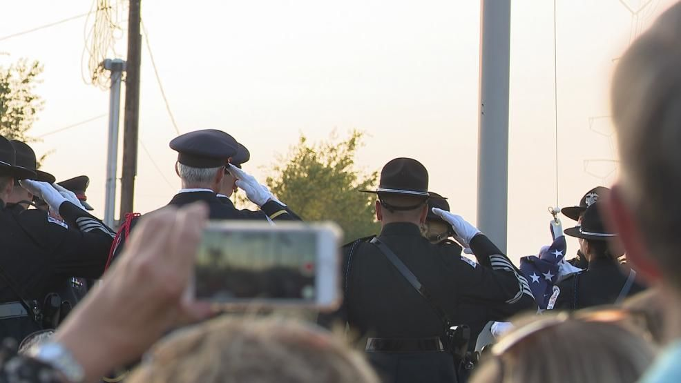 Crowds spent part of Wednesday evening at Hilliard's First Responders Park, remembering and honoring the victims of 9-11. (WSYX/WTTE)